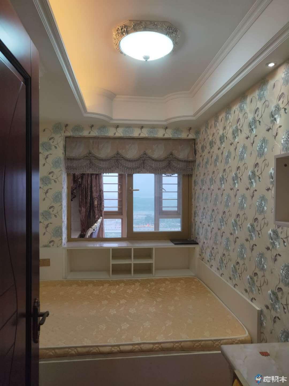 杏东小学旁  ,禹洲中央海岸,豪装出租5500一个月,杏林湾禹州中央海岸二期